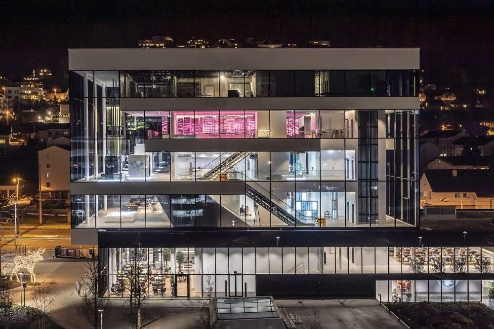 Pius Amrein Visitorcenter by Night